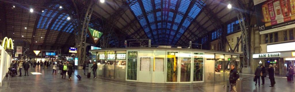 вокзал HBF в Франкфурте