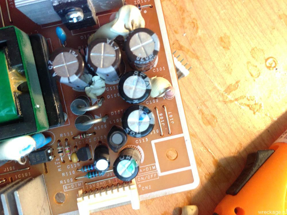 ремонтируем 940n samsung , меняем конденсаторы