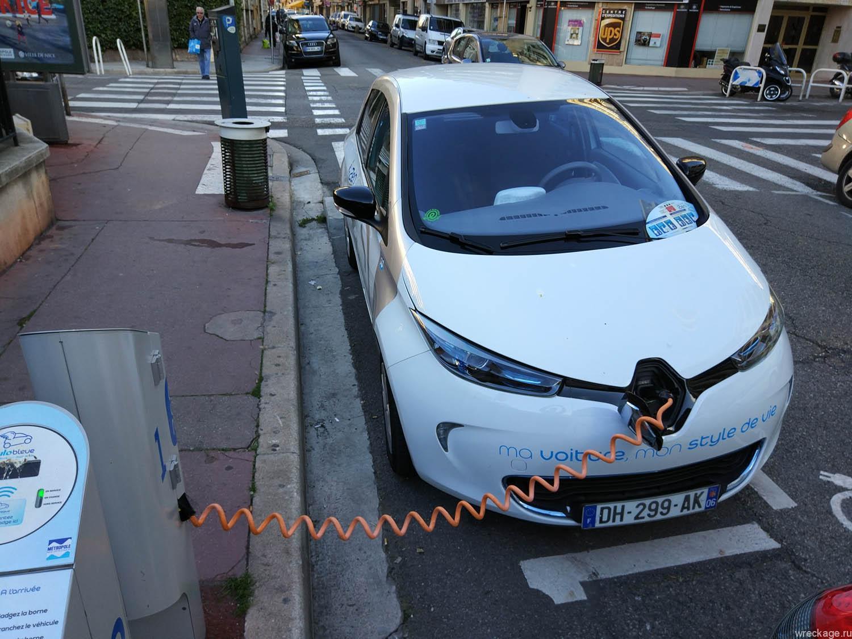 электромобили в ницце