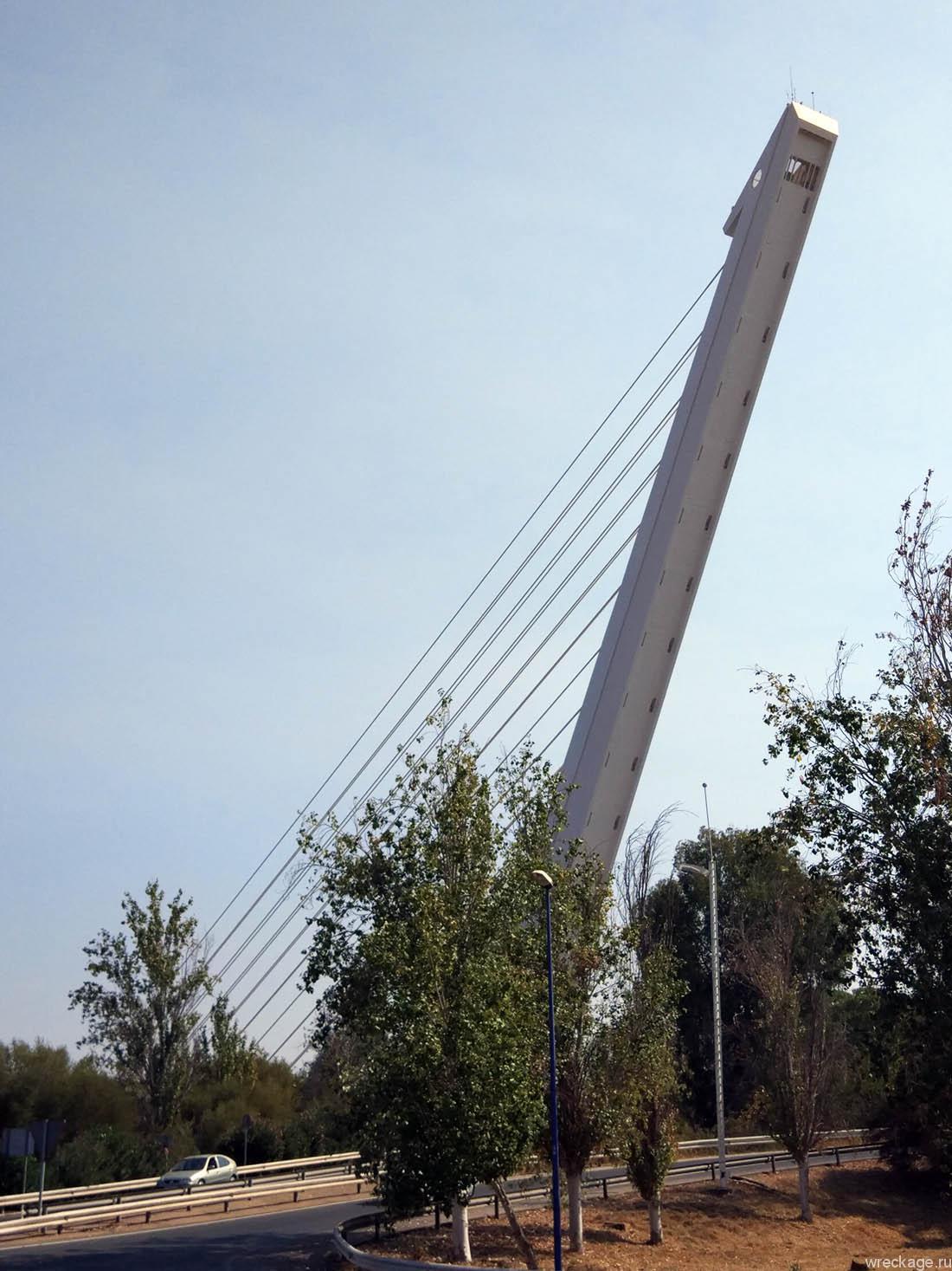 Аламильо мост в севилье