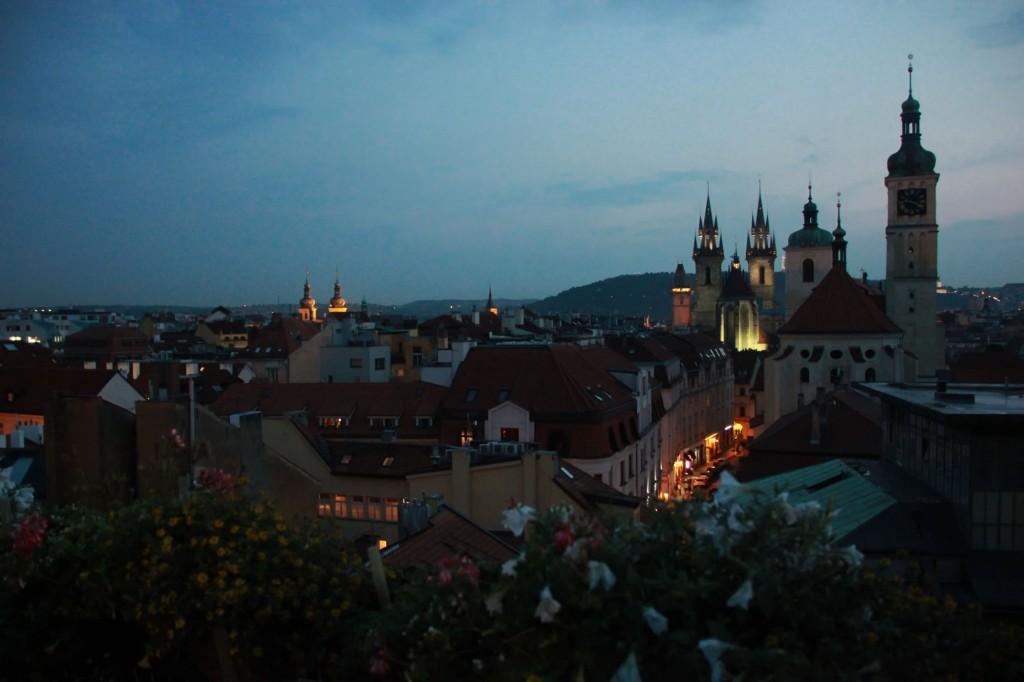 Ночная Прага вид