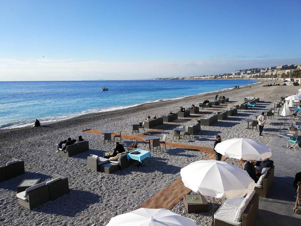 пляж ниццы лазурный берег