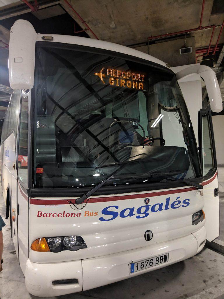 автобус в Жирону