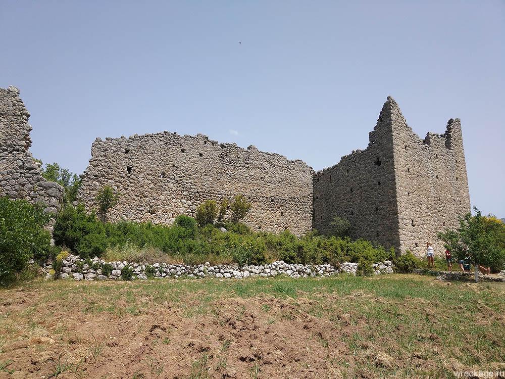 остатки Византийской крепости тахталы